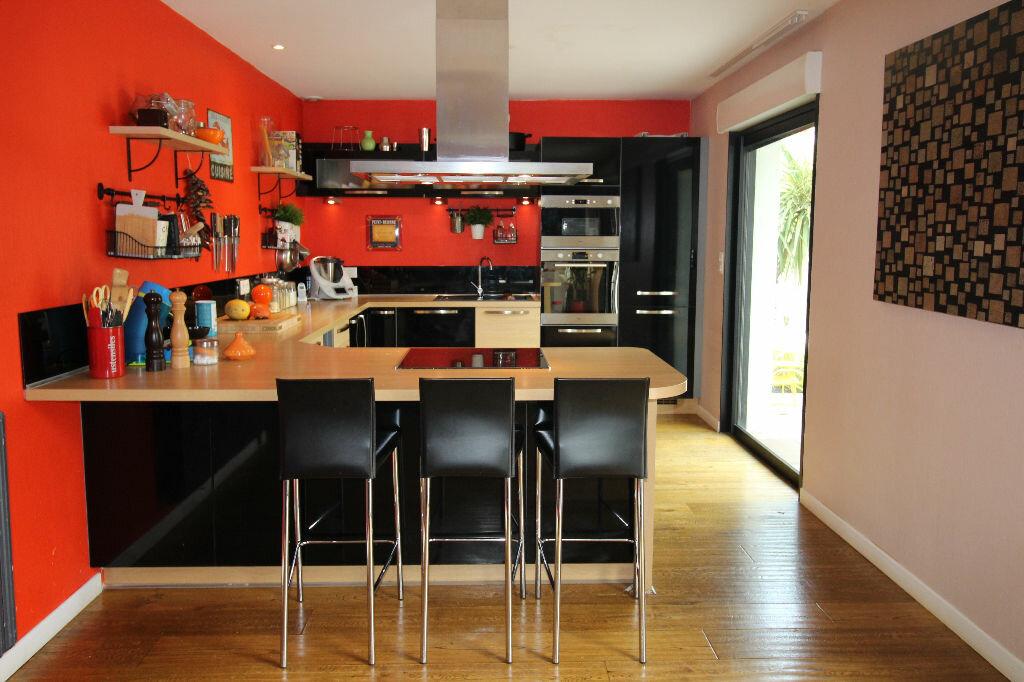 Maison à vendre 6 150m2 à Ploeren vignette-4