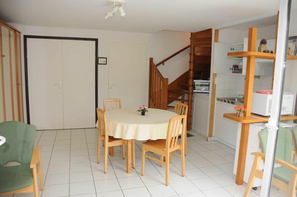 Maison à vendre 7 230m2 à Île-d'Arz vignette-5
