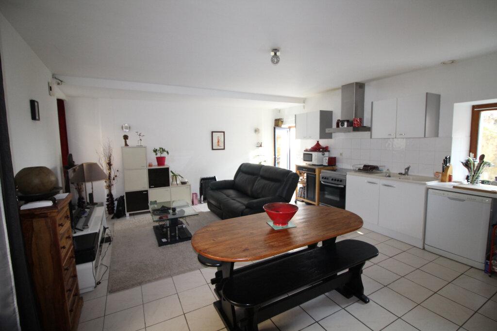 Maison à vendre 3 70m2 à Plumergat vignette-1