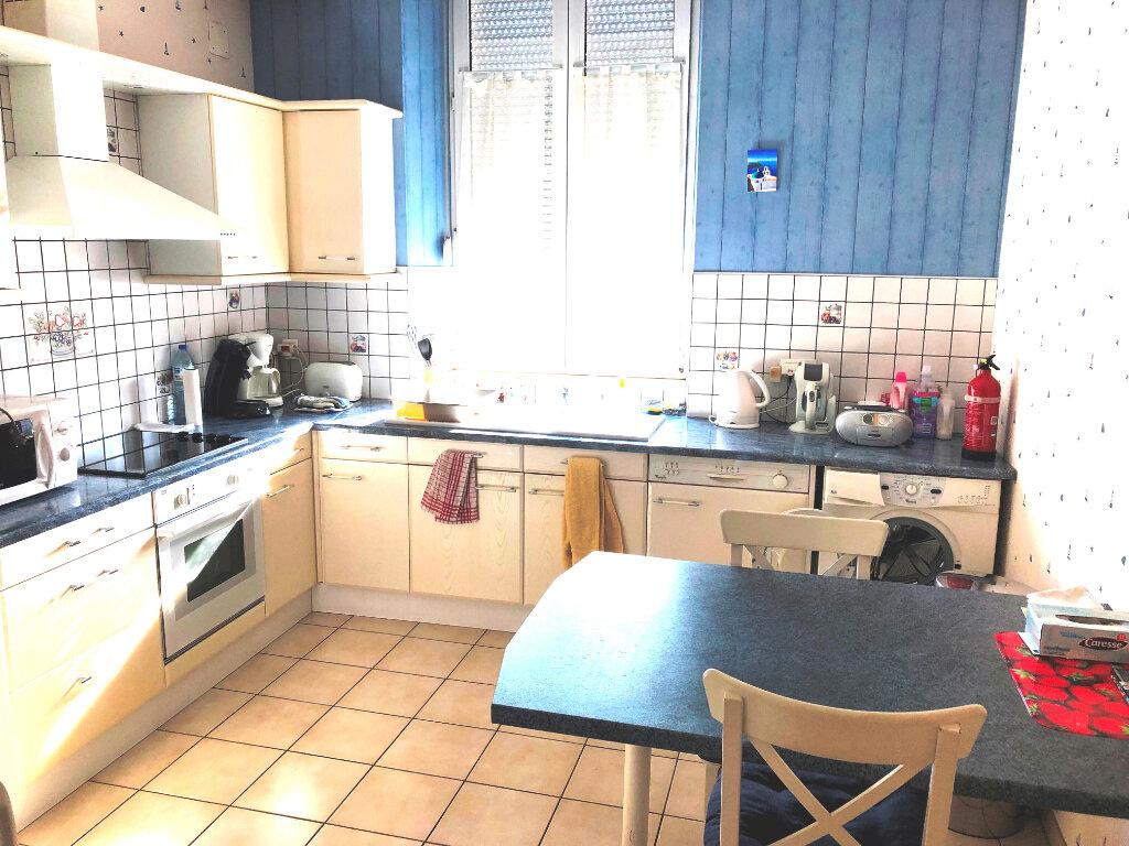 Appartement à vendre 4 90.4m2 à Serémange-Erzange vignette-1