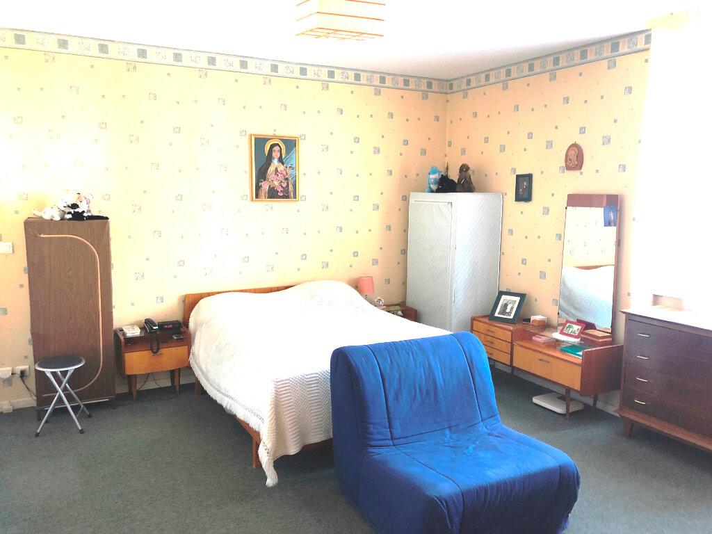 Appartement à vendre 4 90.4m2 à Serémange-Erzange vignette-4