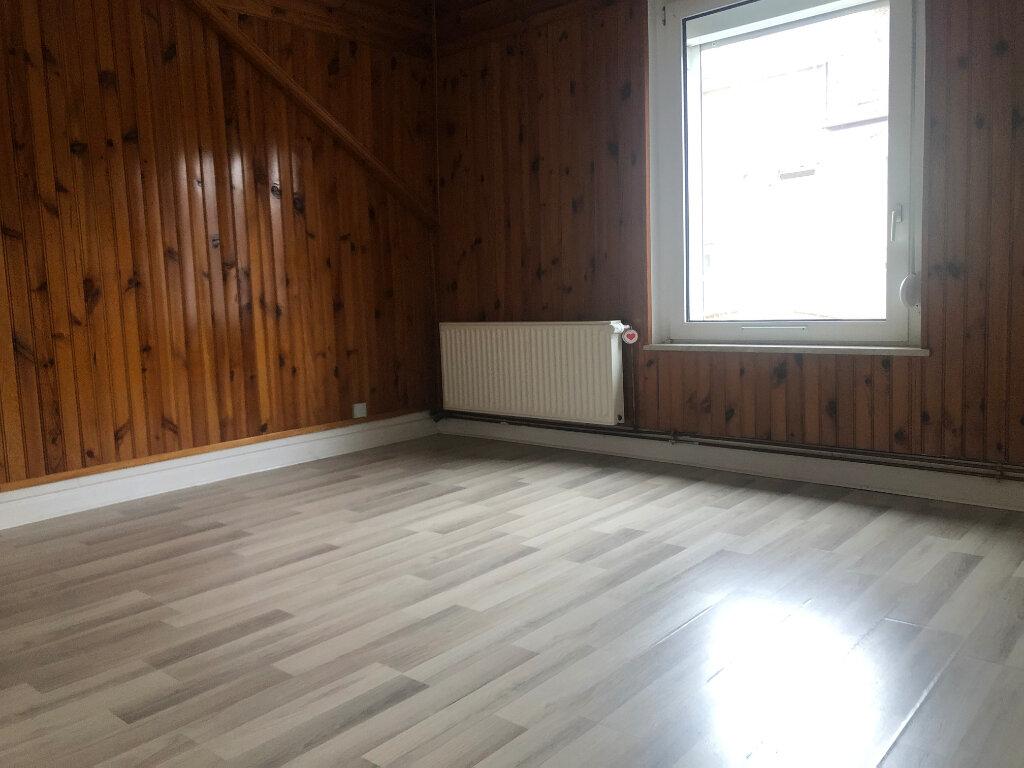 Appartement à louer 3 83m2 à Algrange vignette-2