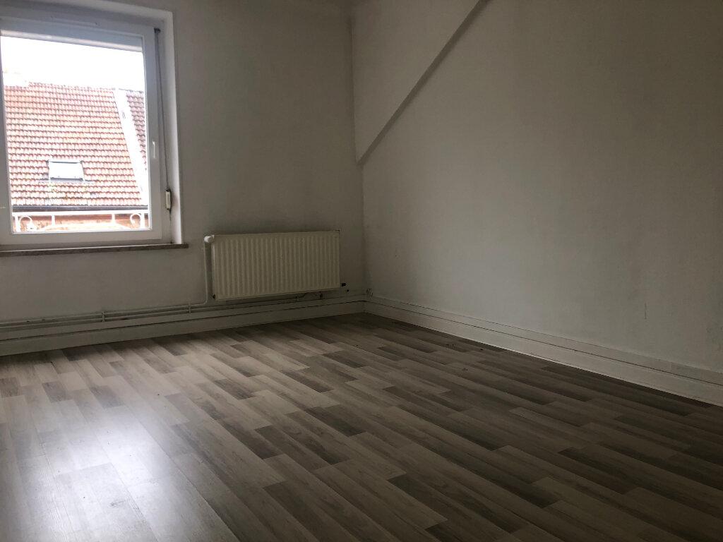 Appartement à louer 3 83m2 à Algrange vignette-4