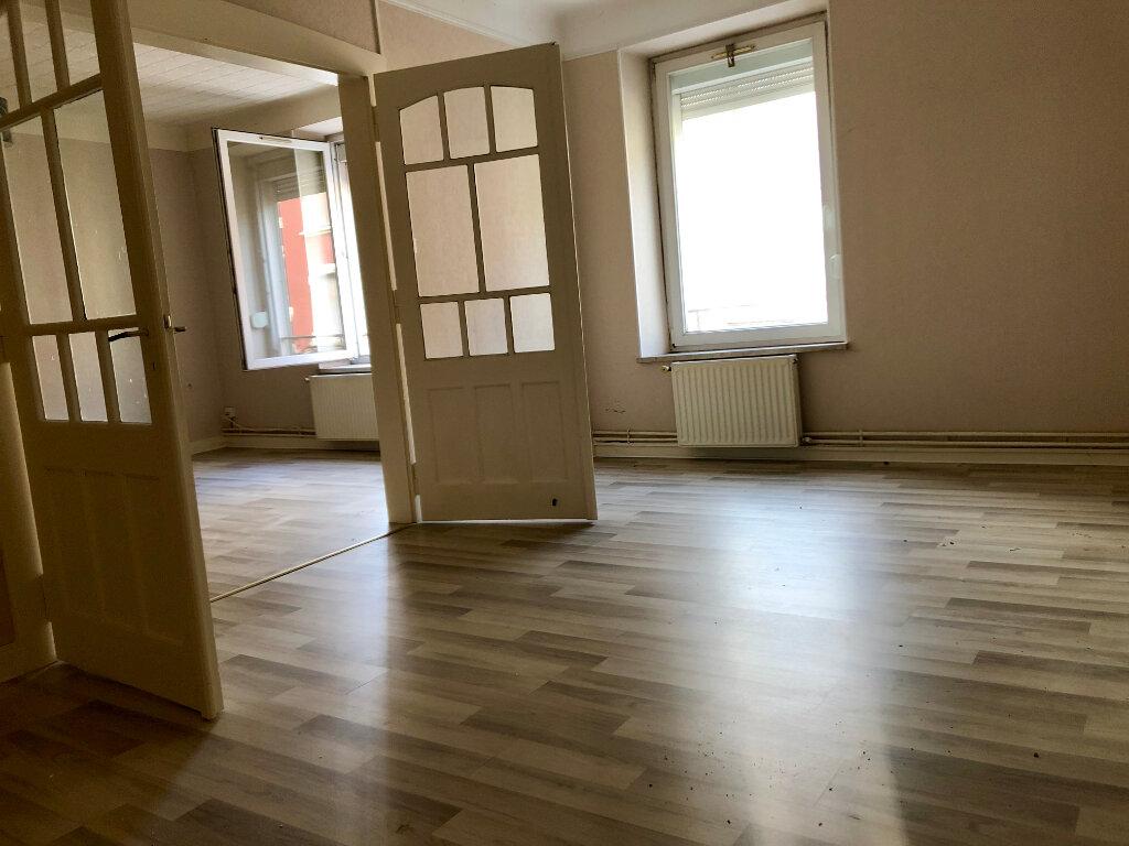 Appartement à louer 3 85m2 à Algrange vignette-3