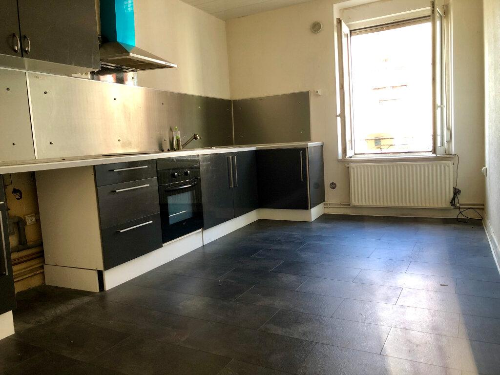 Appartement à louer 3 85m2 à Algrange vignette-4