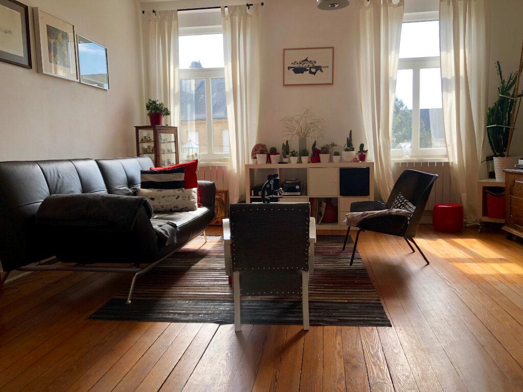 Appartement à louer 3 74.05m2 à Thionville vignette-1