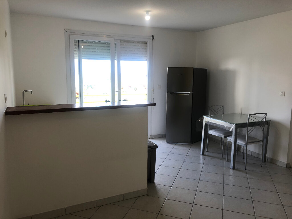 Appartement à louer 2 37.21m2 à Le Lamentin vignette-3
