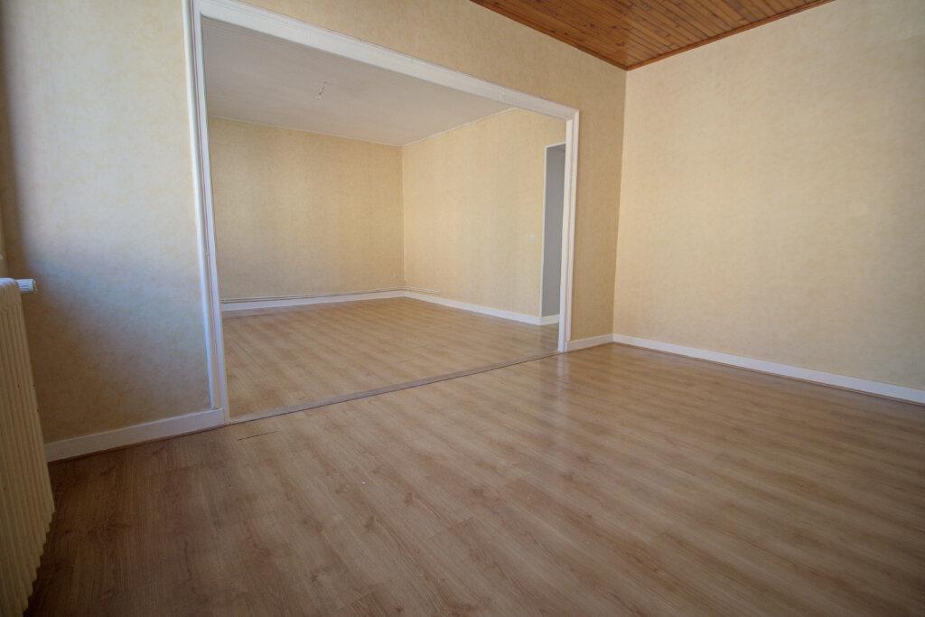 Appartement à louer 4 88m2 à Joeuf vignette-3