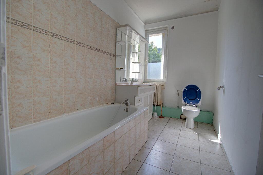 Appartement à louer 4 88m2 à Joeuf vignette-6
