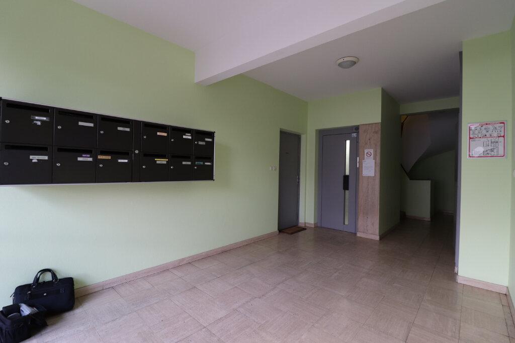 Appartement à vendre 3 62m2 à Thionville vignette-9
