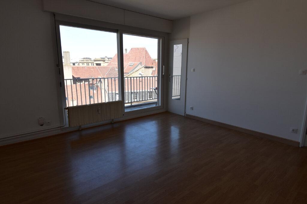 Appartement à louer 1 25.82m2 à Metz vignette-2