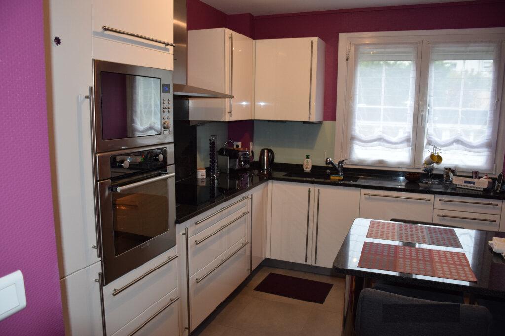 Appartement à vendre 4 84.25m2 à Metz vignette-3