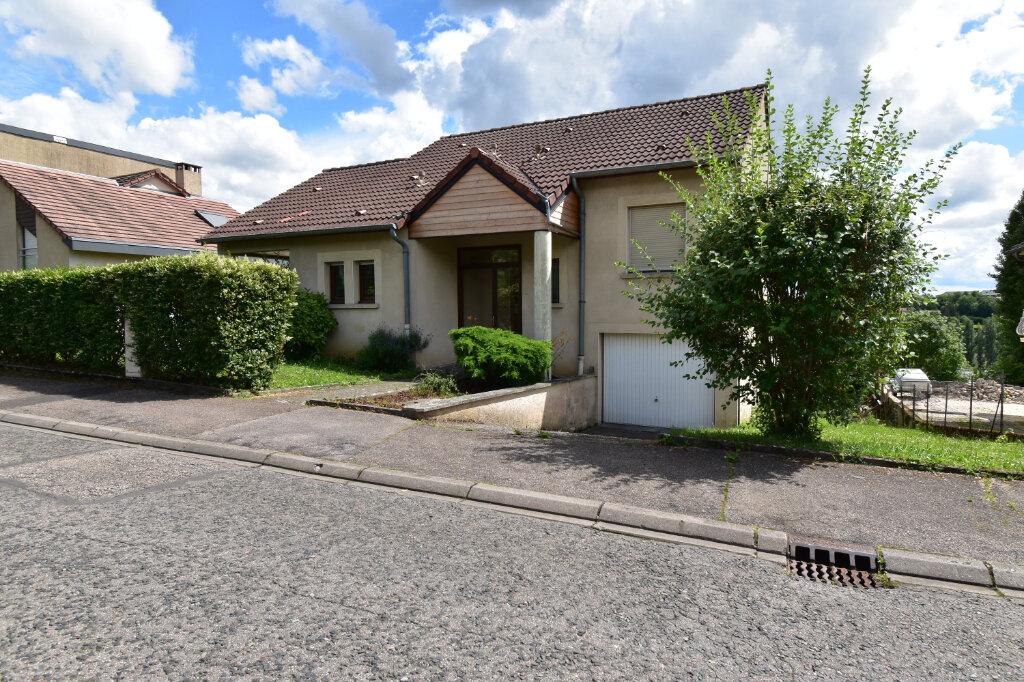 Maison à louer 6 137m2 à Metz vignette-1