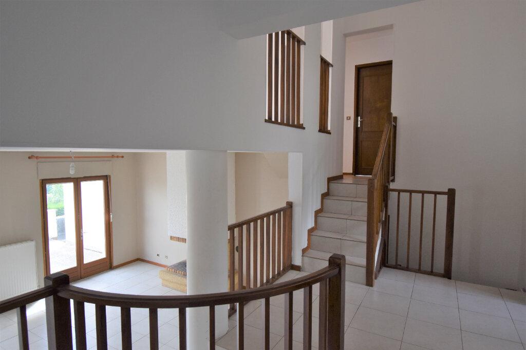 Maison à louer 6 137m2 à Metz vignette-3