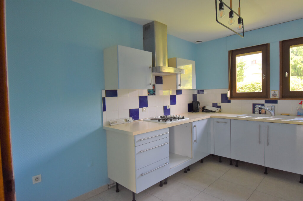 Maison à louer 6 137m2 à Metz vignette-4