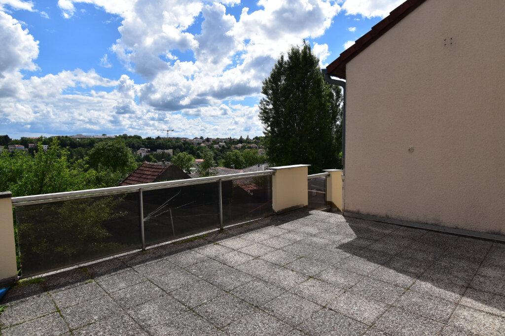 Maison à louer 6 137m2 à Metz vignette-6