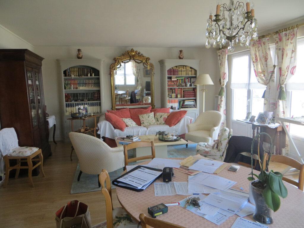 Appartement à vendre 3 72.16m2 à La Baule-Escoublac vignette-4