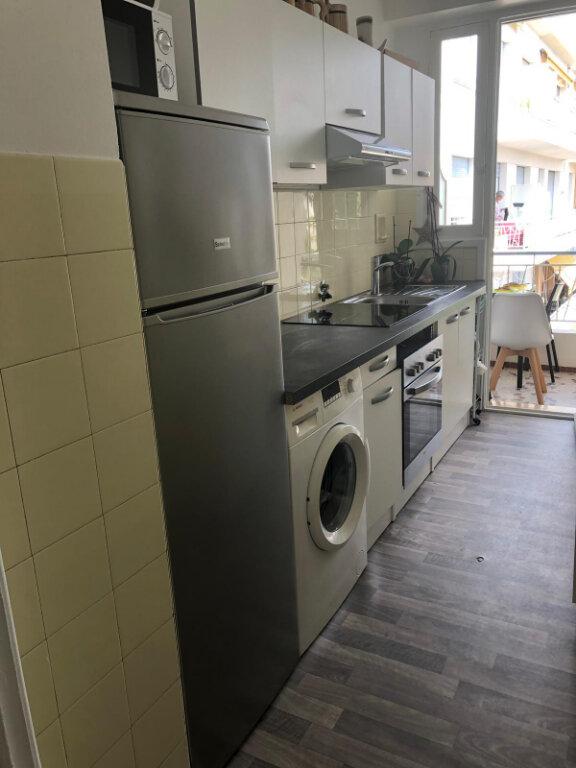 Appartement à louer 1 33.81m2 à Nice vignette-2