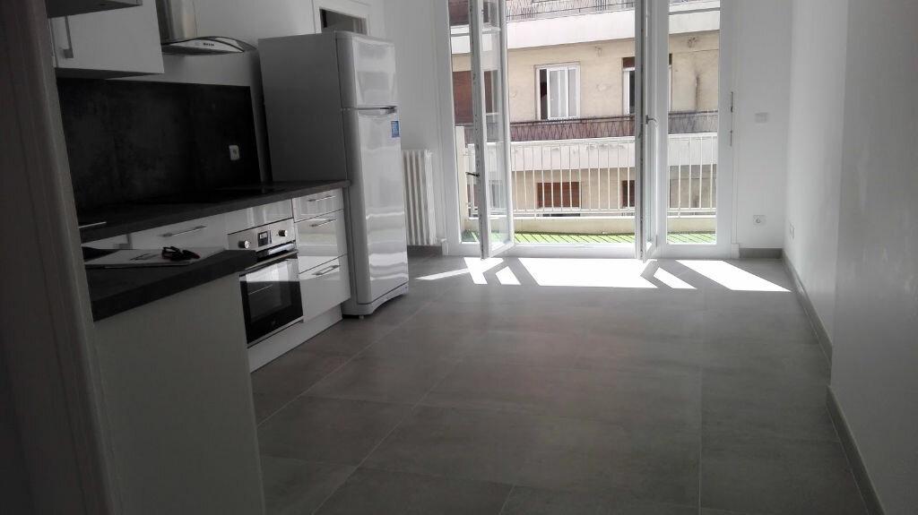 Appartement à louer 1 81.19m2 à Nice vignette-4