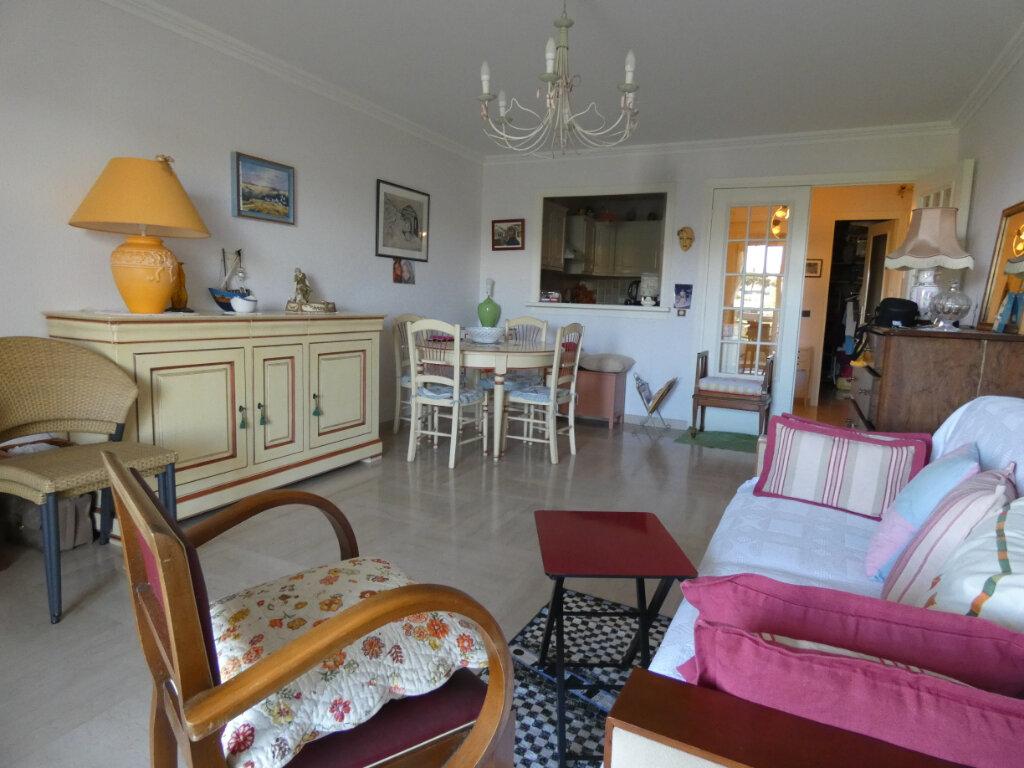 Appartement à vendre 1 41m2 à Nice vignette-2