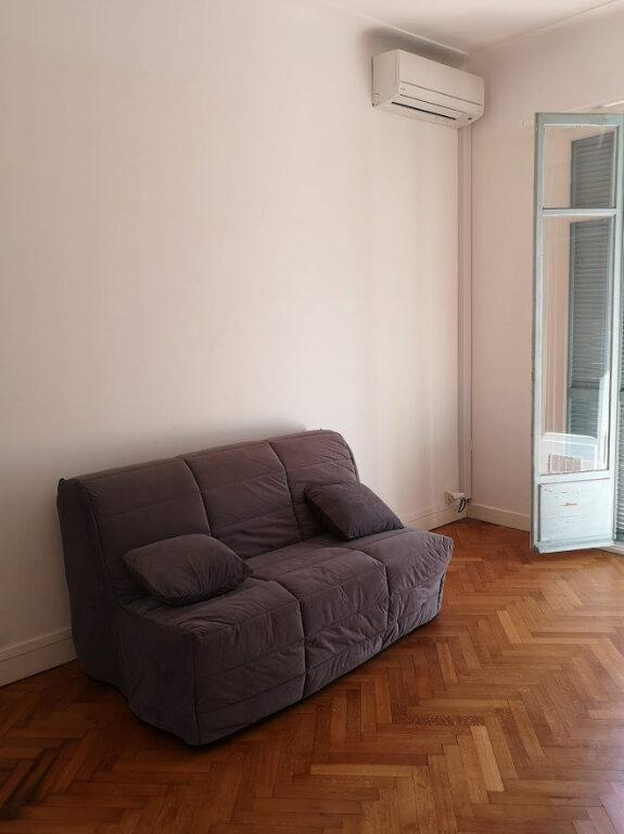 Appartement à louer 1 28.07m2 à Nice vignette-8
