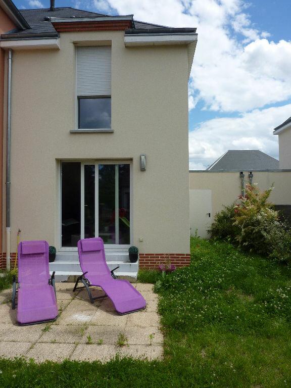 Maison à louer 3 61m2 à Saint-Denis-en-Val vignette-5