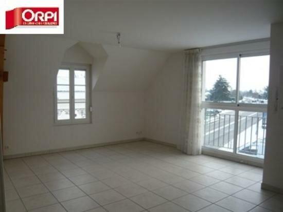 Appartement à louer 2 40m2 à Saint-Denis-en-Val vignette-1