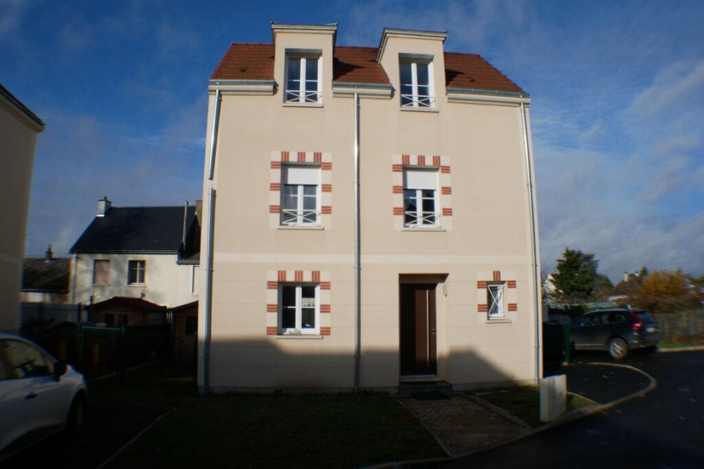 Maison à vendre 4 90m2 à Saint-Denis-en-Val vignette-1