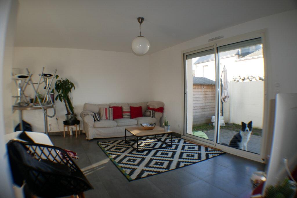 Maison à vendre 4 90m2 à Saint-Denis-en-Val vignette-2