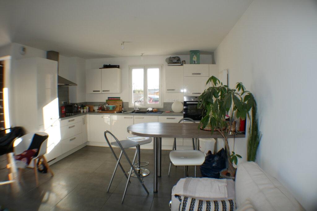 Maison à vendre 4 90m2 à Saint-Denis-en-Val vignette-3