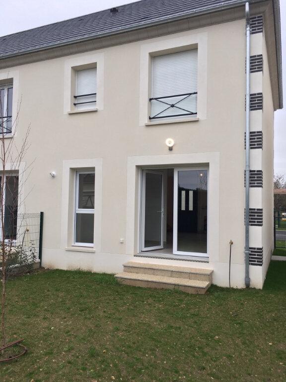 Maison à louer 3 63m2 à Saint-Denis-en-Val vignette-2