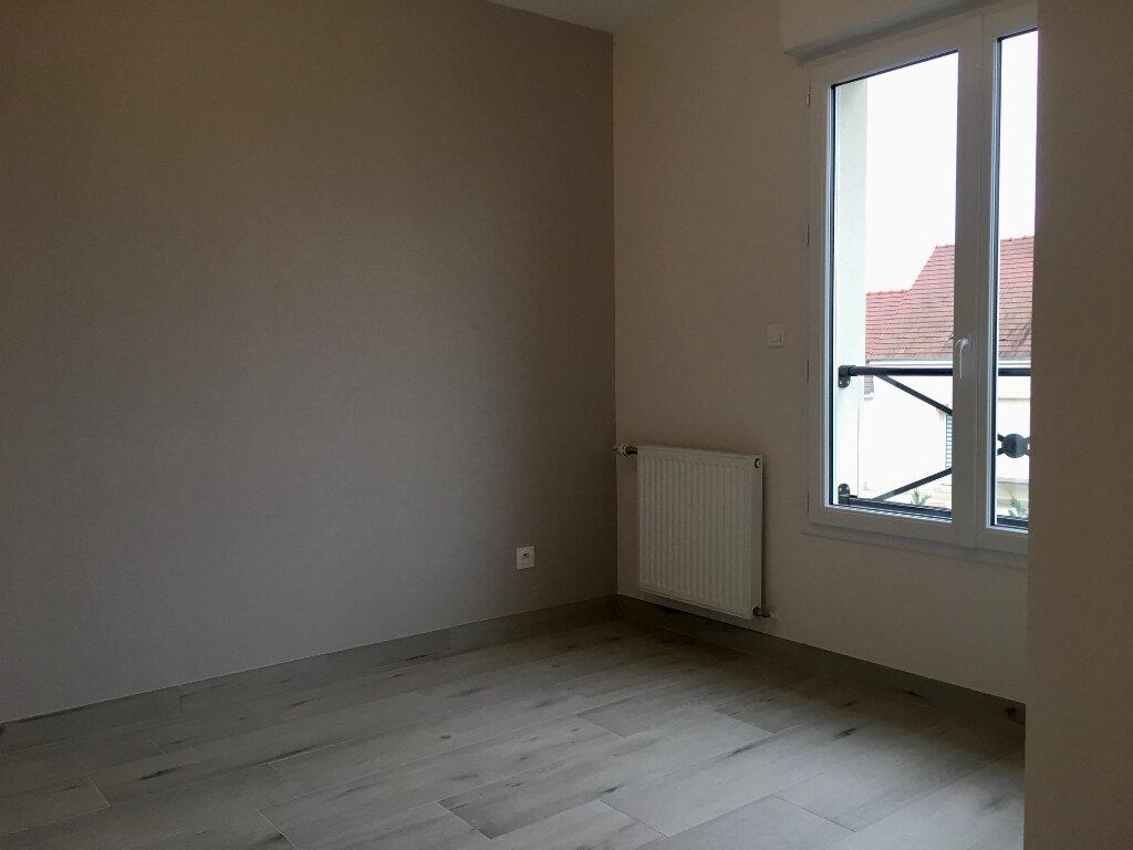 Maison à louer 3 63m2 à Saint-Denis-en-Val vignette-10
