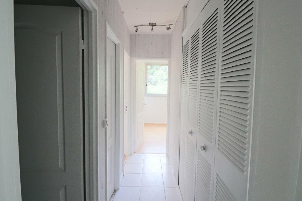 Appartement à vendre 4 69m2 à Saint-Leu-la-Forêt vignette-6