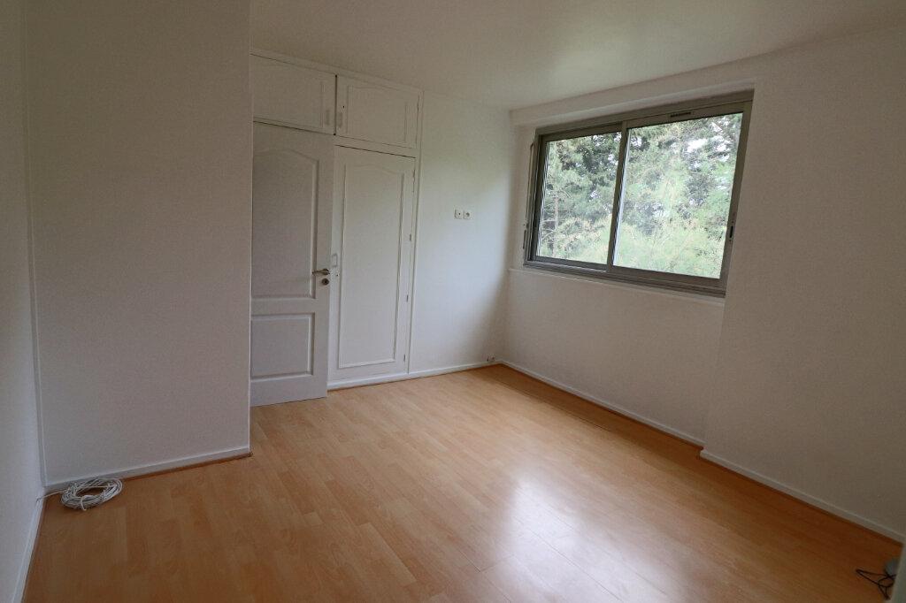 Appartement à vendre 4 69m2 à Saint-Leu-la-Forêt vignette-9