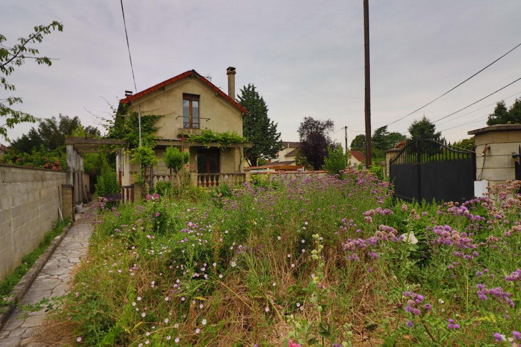 Maison à vendre 6 120m2 à Montmagny vignette-1