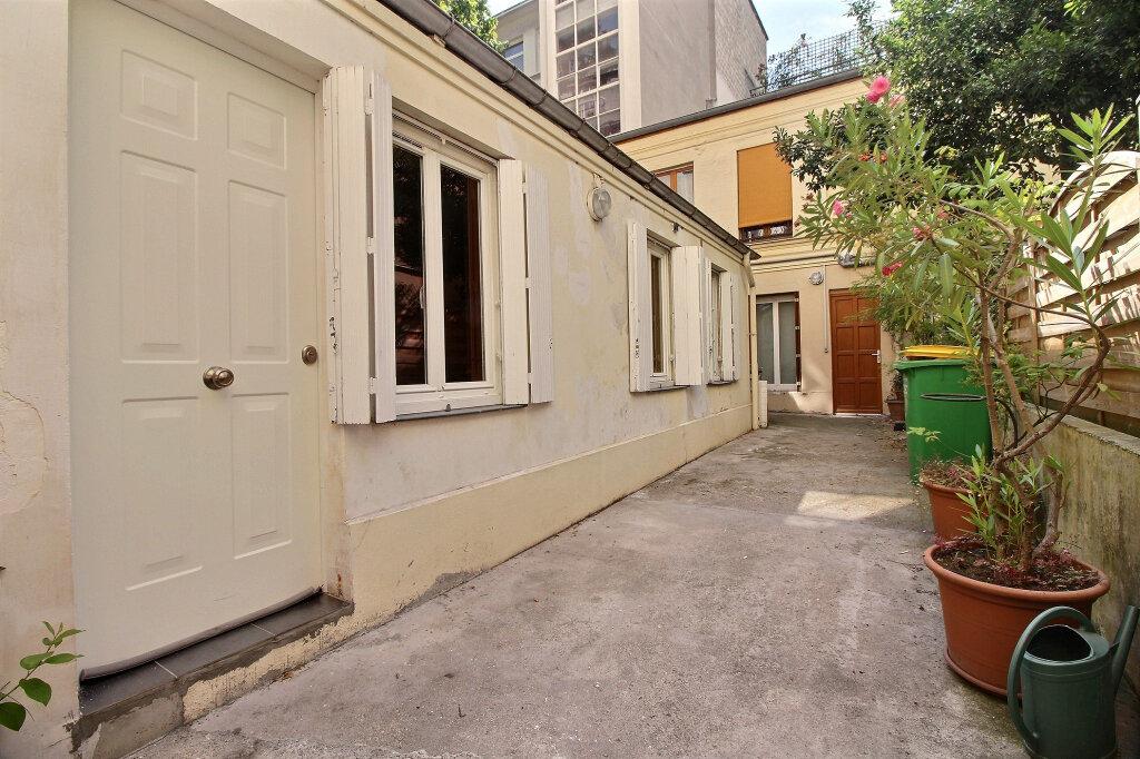 Maison à louer 2 31m2 à Paris 14 vignette-5