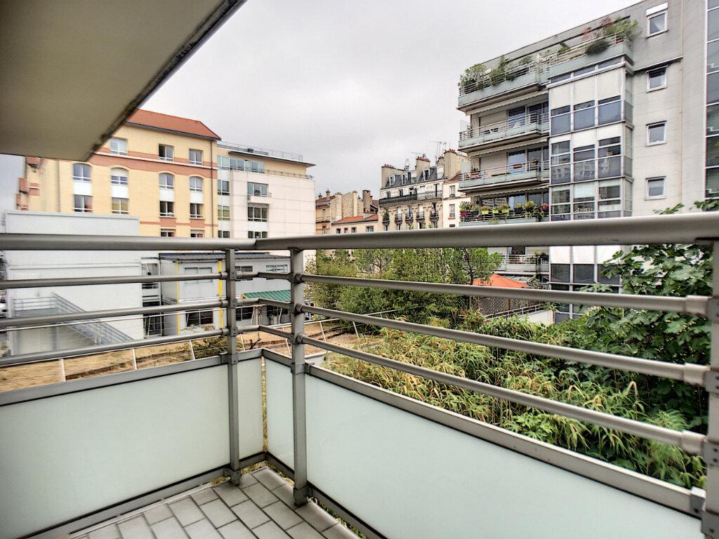 Appartement à louer 1 16.97m2 à Paris 14 vignette-3