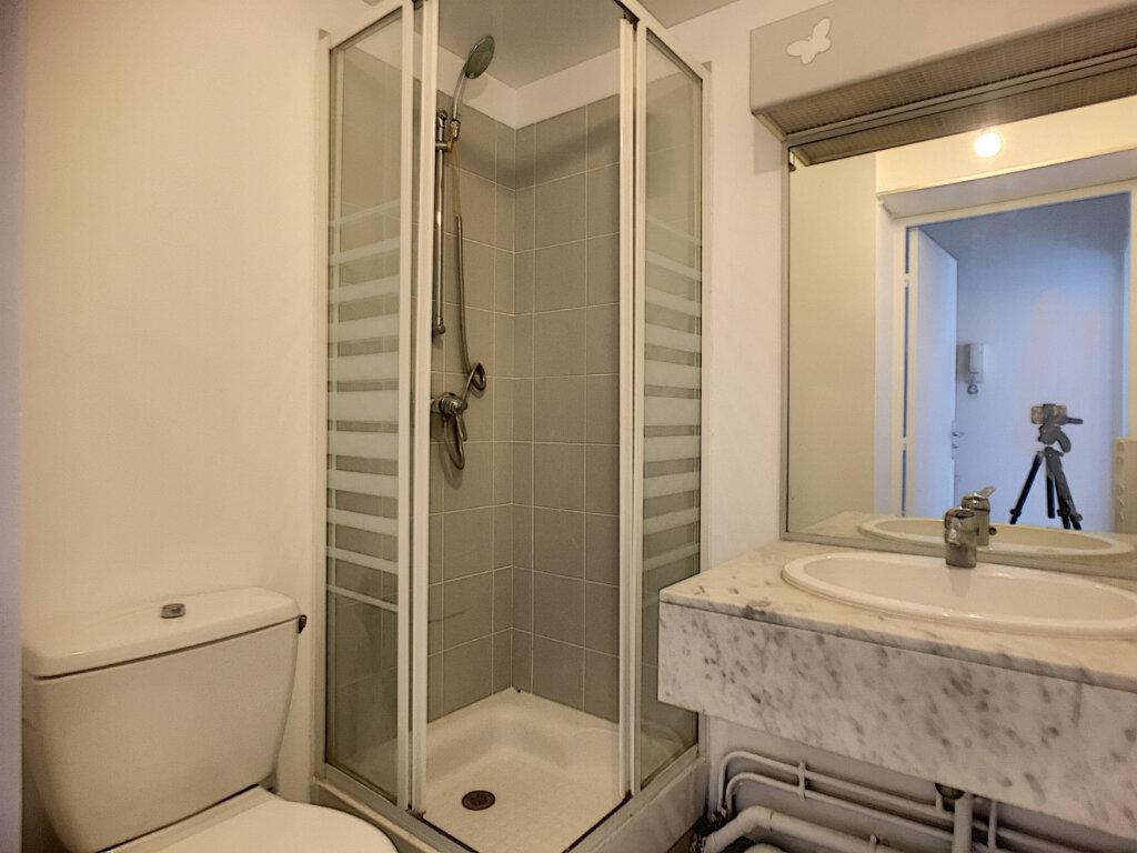 Appartement à louer 1 16.97m2 à Paris 14 vignette-4