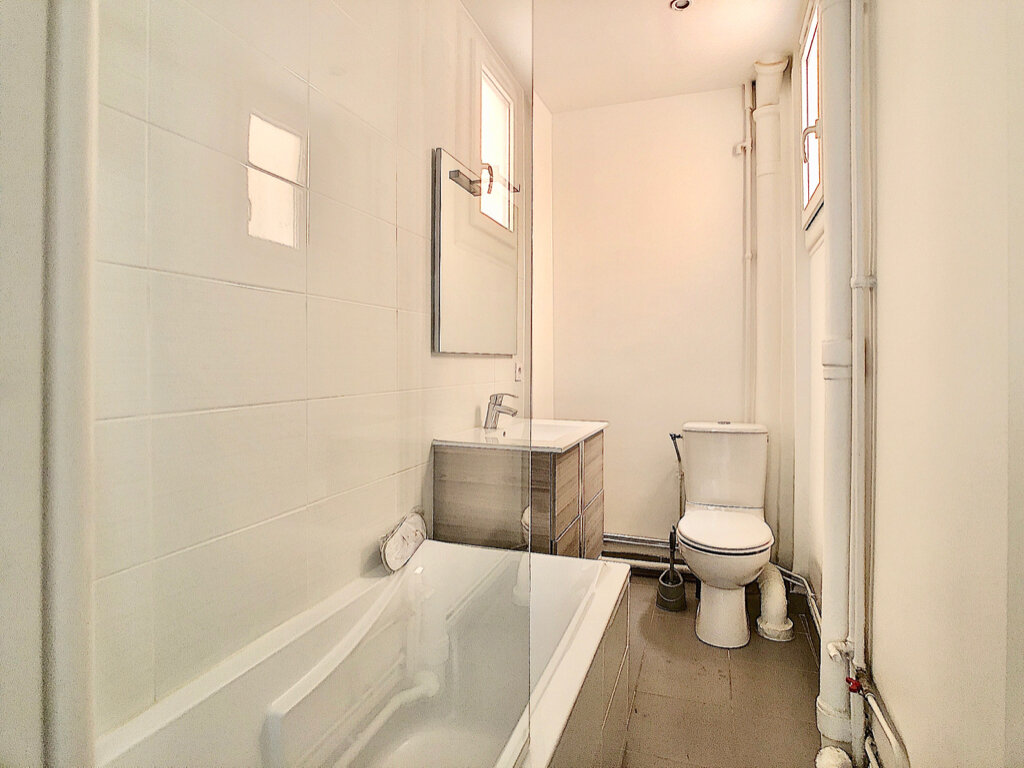 Appartement à louer 3 80m2 à Paris 15 vignette-8