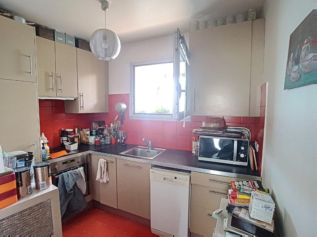 Appartement à vendre 2 52m2 à Paris 14 vignette-5
