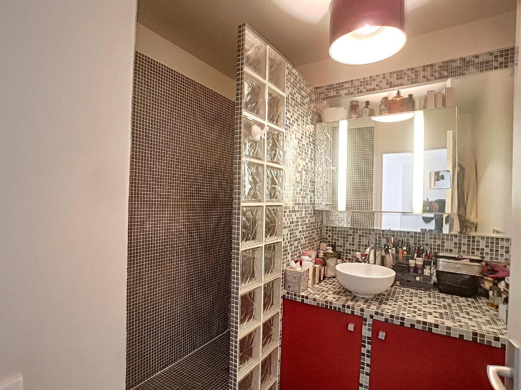 Appartement à vendre 2 52m2 à Paris 14 vignette-6