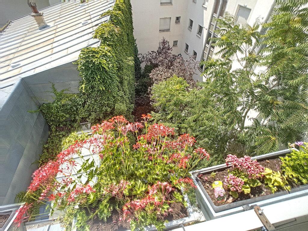 Appartement à vendre 2 52m2 à Paris 14 vignette-8