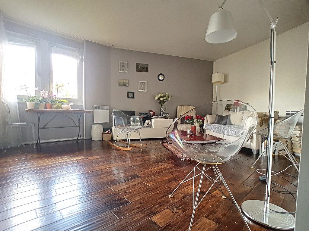 Appartement à vendre 2 52m2 à Paris 14 vignette-10
