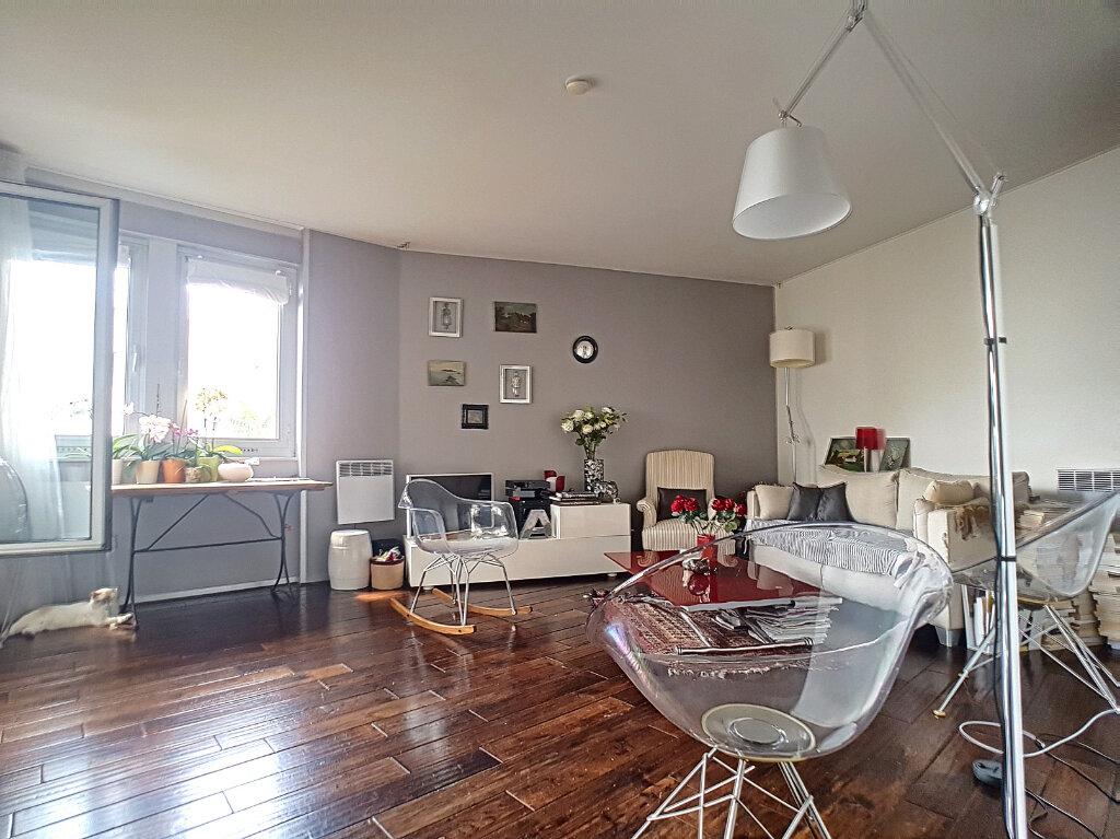 Appartement à vendre 2 52m2 à Paris 14 vignette-13