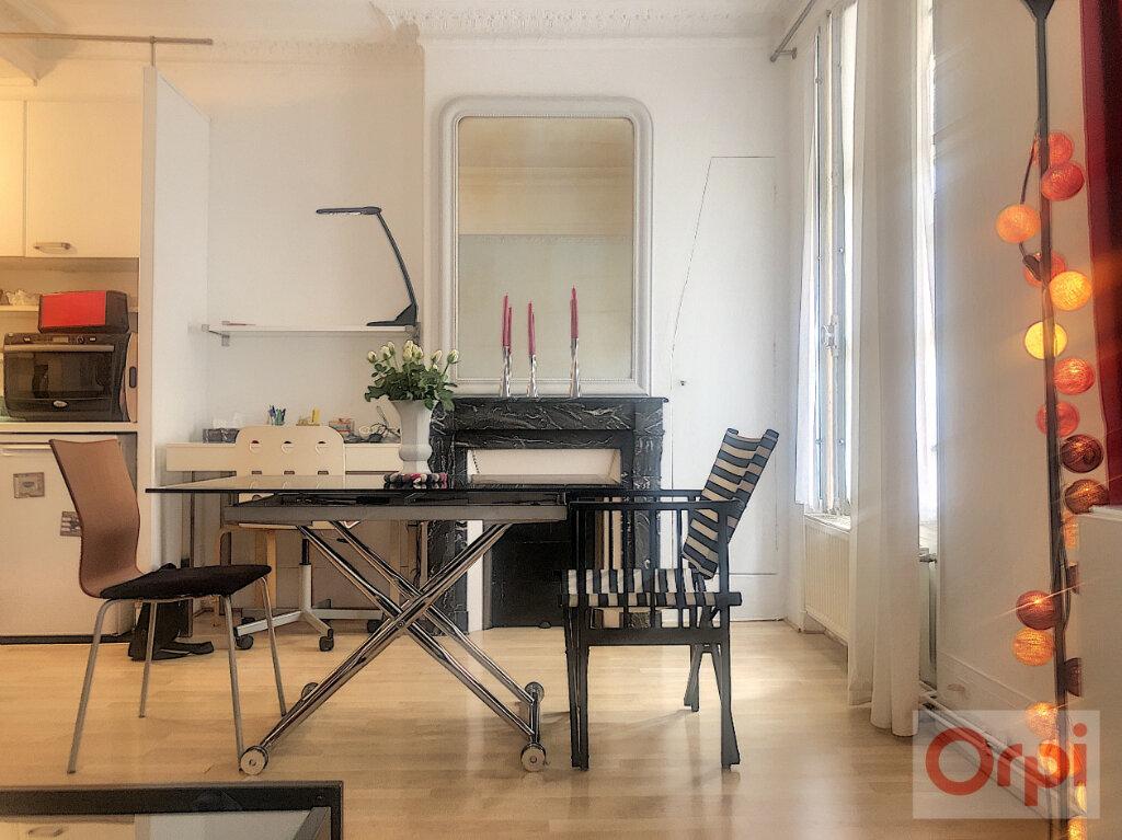 Appartement à louer 2 44m2 à Paris 14 vignette-1