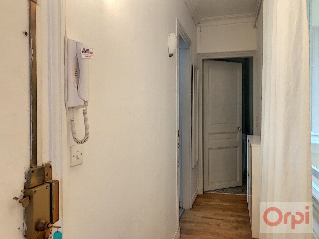 Appartement à louer 2 44m2 à Paris 14 vignette-5