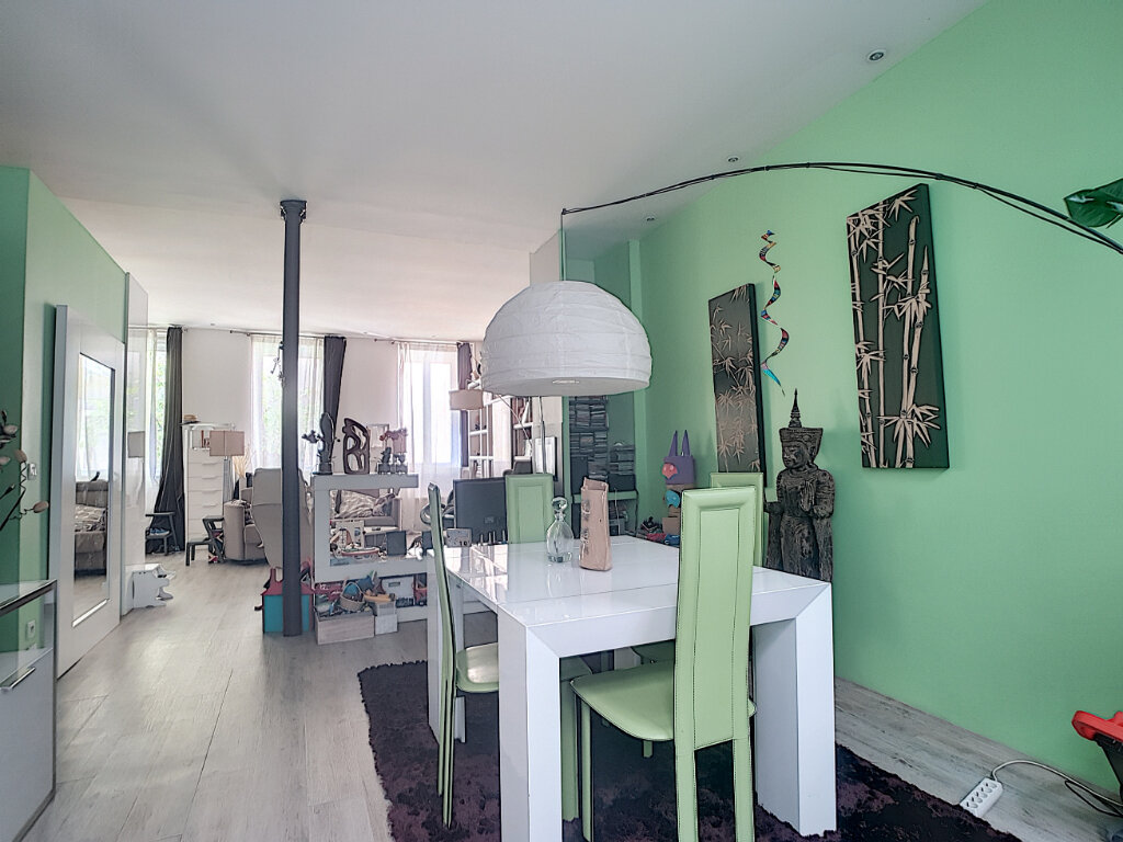 Appartement à vendre 3 67m2 à Paris 12 vignette-3
