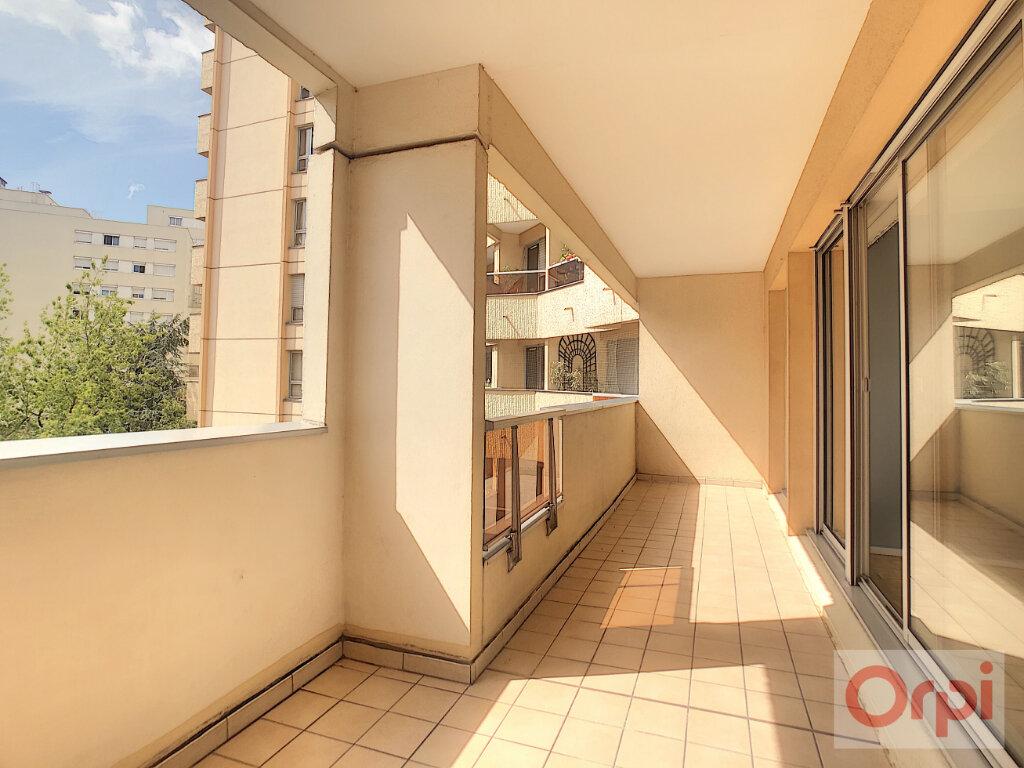 Appartement à louer 4 88m2 à Vanves vignette-4