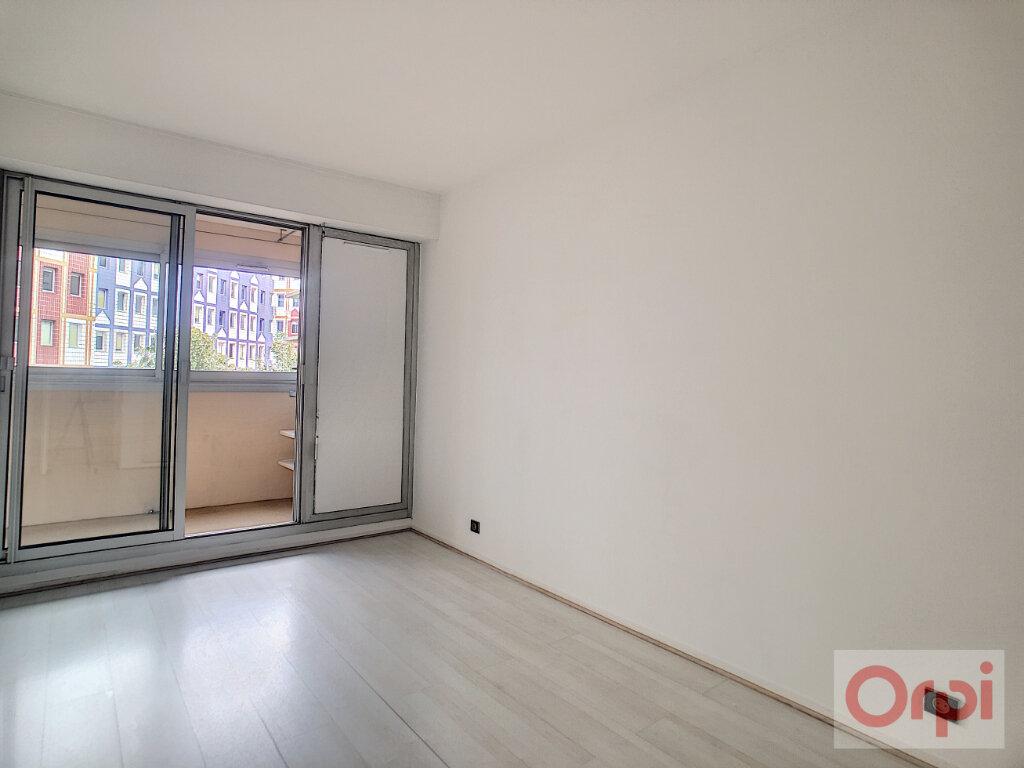 Appartement à louer 4 88m2 à Vanves vignette-10