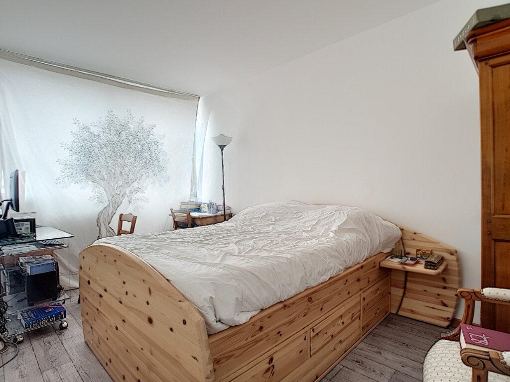 Appartement à vendre 3 68m2 à Paris 13 vignette-4